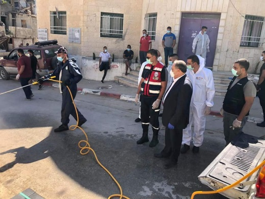 Nablus district governor visiting the village of Al-Lubban al-Sharqiya and supervising the disinfection activity (Facebook page of the Palestinian Civil Defense, August 17, 2020)