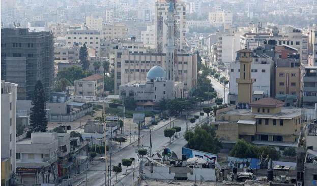 Empty streets during the curfew in Gaza City (Shehab Facebook page, August 25, 2020).