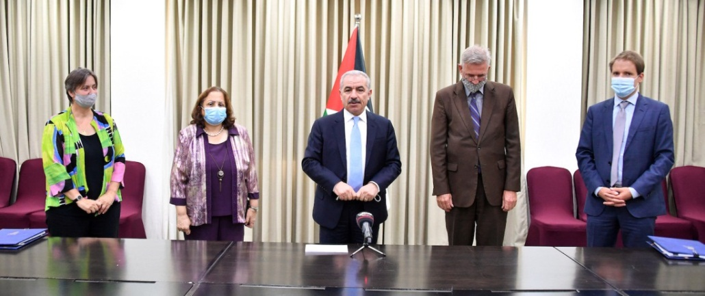 Signing the agreement for aid from Germany (Wafa, September 10, 2020)