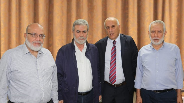 Jibril Rajoub meets in Beirut with Ziyad al-Nakhalah and Muhammad al-Hindi, head of the PIJ's political bureau (Jibril Rajoub's Facebook page, October 6 and 8, 2020).