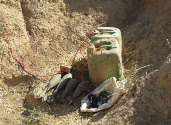 ISIS IEDs and mortar shells found by the Iraqi army (Facebook page of the Iraqi Ministry of Defense, October 11, 2020