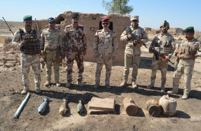 IEDs and weapons found by the Iraqi army (Facebook page of the Iraqi Ministry of Defense, October 25, 2020)
