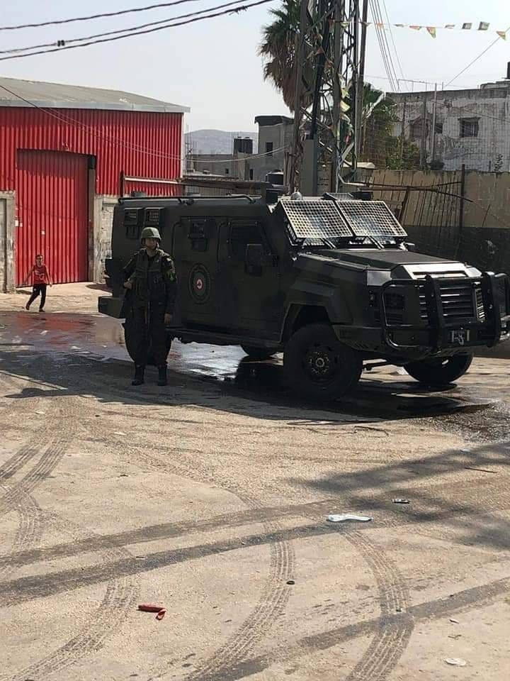 Palestinian security forces deploy on the main street of the Balata refugee camp (Facebook page of Balata al-Hadath, November 3, 2020).