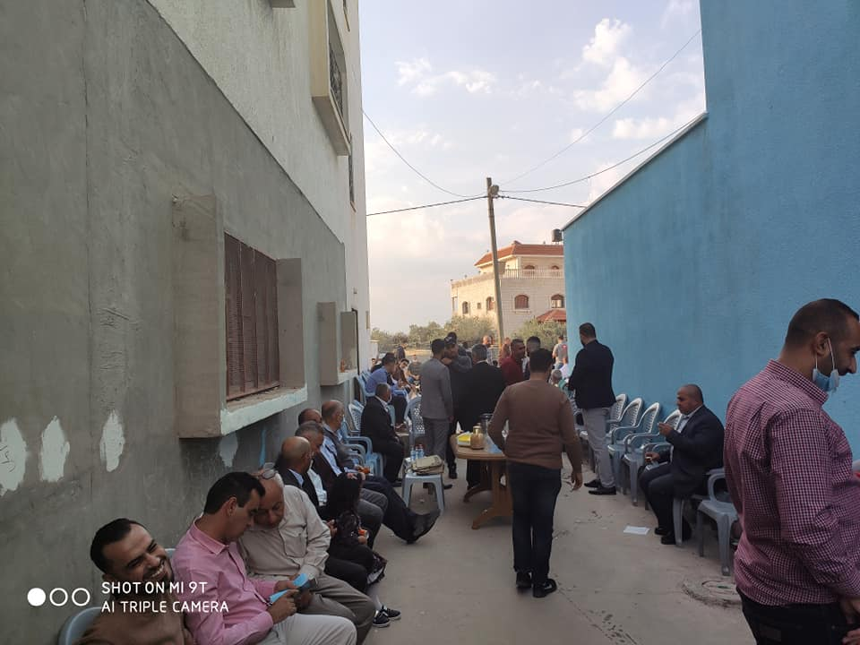 Walid Assaf, chairman of the Palestinian authority for the struggle against the fence and the settlements, at a wedding of a relative in the village of Kafr Laqf in the Qalqilya district. No masks, no social distancing (Facebook page of the village council, November 14, 2020).
