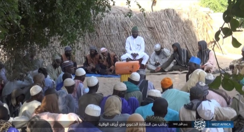 Da'wa activity by an ISIS-affiliated cleric among Muslim residents in one of the rural areas of ISIS's West Africa Province (Telegram, November 14, 2020)