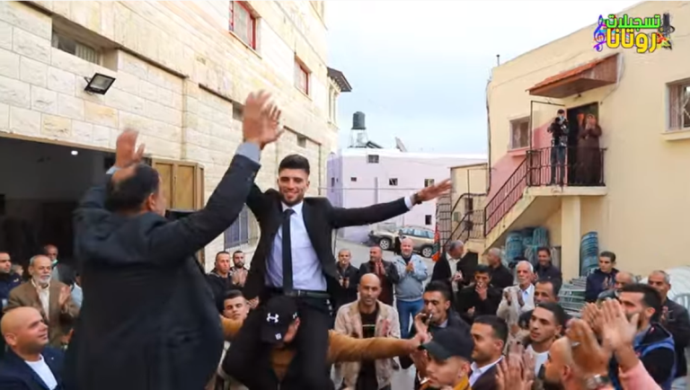 Violating the full lockdown: a wedding in the village of Ra'i (Facebook page of Rotana Recording in the village of Ra'i, November 27, 2020).