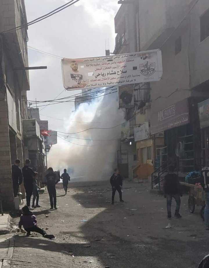 Dispersing rioters with tear gas during clashes in the Balata refugee camp refugee camp (Facebook page of the Balata refugee camp, December 13, 2020).