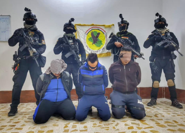 Three ISIS operatives apprehended by the Iraqi Counterterrorism Unit (Facebook page of the Iraqi Counterterrorism Unit, December 25, 2020)