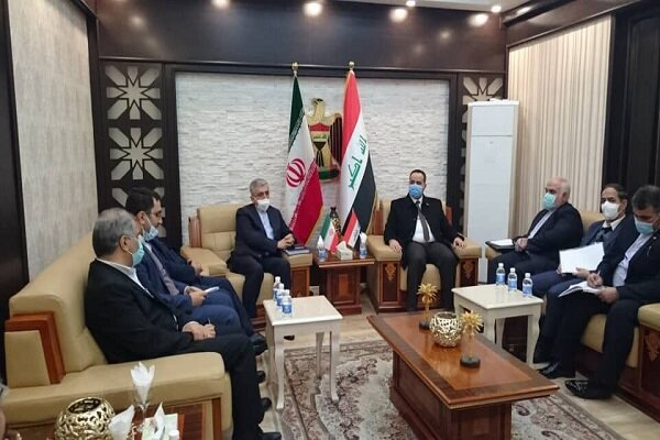The meeting between the Iranian minister of energy and Iraqi minister of trade in Baghdad (Mehr, December 29, 2020)