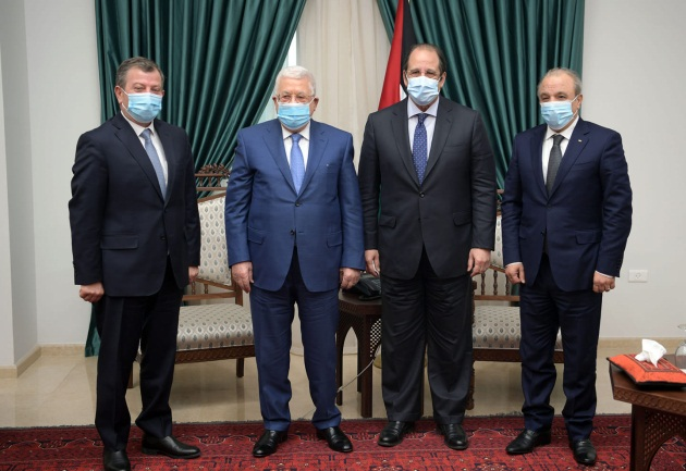 Mahmoud Abbas meets with the heads of Egyptian General Intelligence (second from the right) and of Jordanian General Intelligence (far left) (Mahmoud Abbas' Facebook page, January 17, 2021).