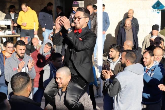 An engagement party in Deir Abu Mash'al (northwest of Ramallah) (Facebook page of a local Ramallah studio, January 22, 2021).
