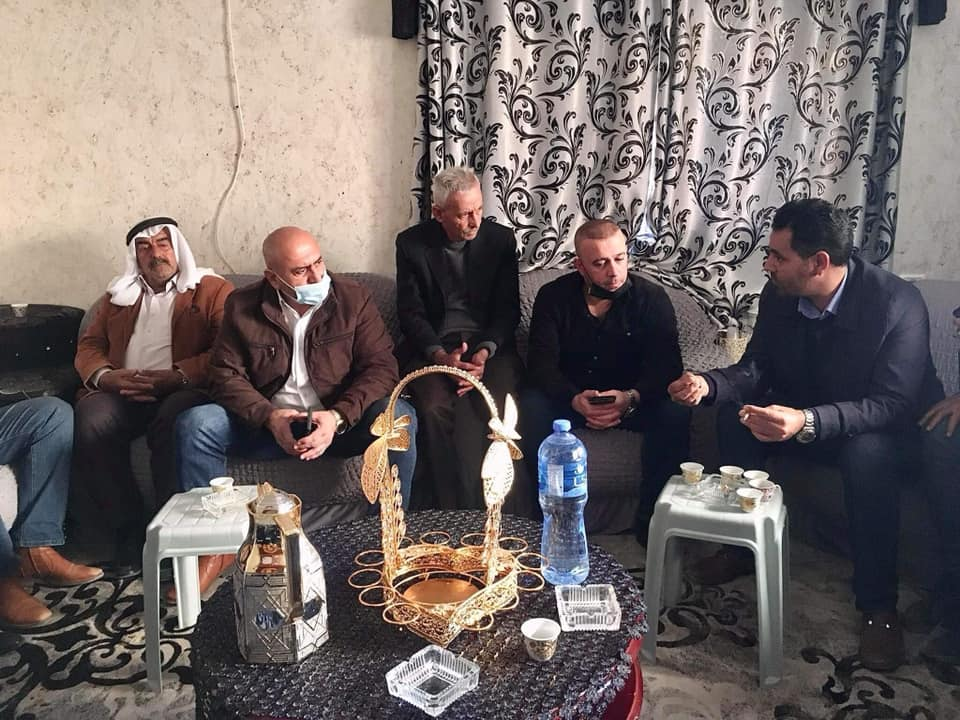 Akram al-Rajoub, the governor of the Jenin district, visits the family home (Facebook page of the governor of the Jenin district, February 11, 2021).