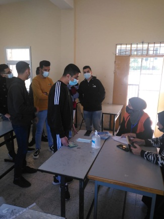 Registering voters in the Tulkarm district (Facebook page of the Central Elections Committee, February 16, 2021).