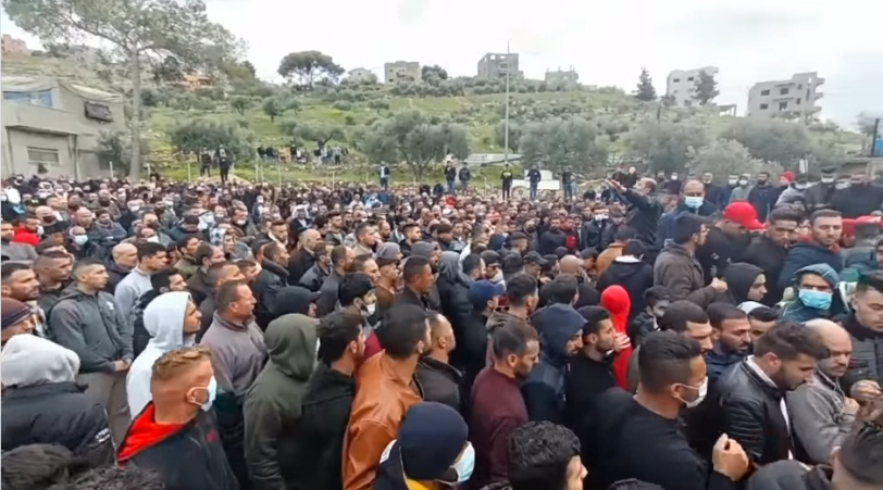 Mass funeral in the village of Salem for two young men killed in a car accident. Few masks and no social distancing (Facebook page of the village of Salem, March 1, 2021).