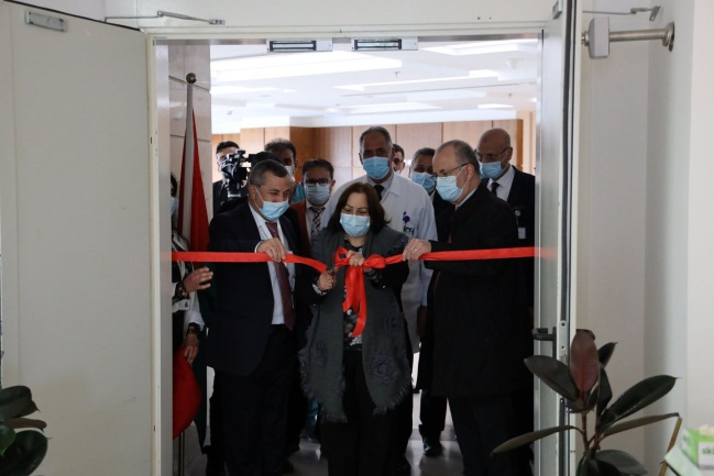 The PA minister of health opens a new ICU in the Ishtarshi Arab Hospital in Ramallah (Facebook page of the ministry of health in Ramallah, March 14, 2021).