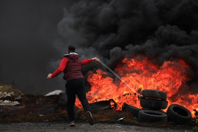 Confrontations between the IDF and Palestinians during the weekly riots in Kafr Qaddum, east of Qalqilya (Wafa, March 12, 2021).