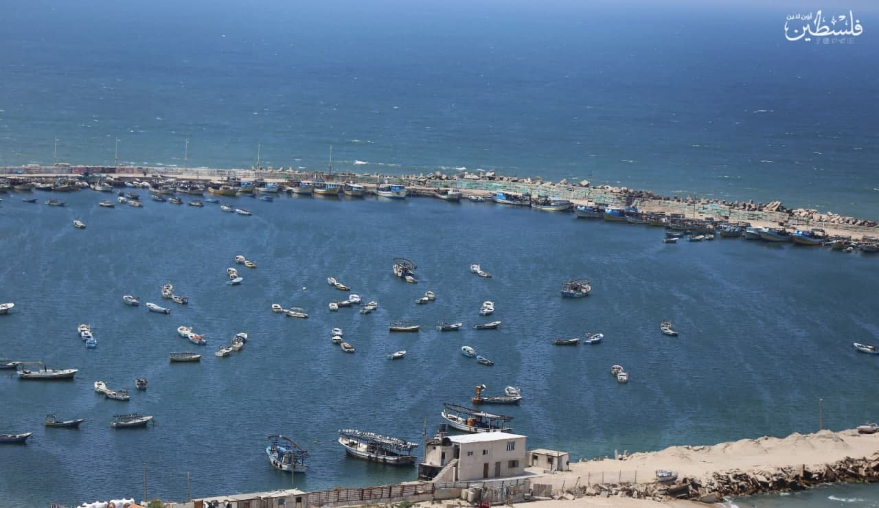 The closure of the fishing zone off the Gaza Strip coast (Palinfo Twitter account, April 26, 2021).