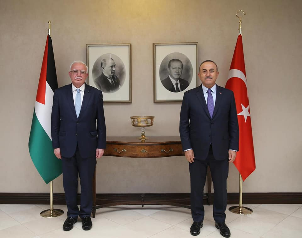 Al-Maliki and the Turkish foreign minister (Facebook page of the Palestinian foreign ministry, May 8, 2021).
