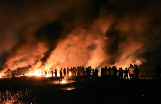 Activity of the night harassment units near the fence in the Gaza Strip (QUDSN website, May 9, 2021)