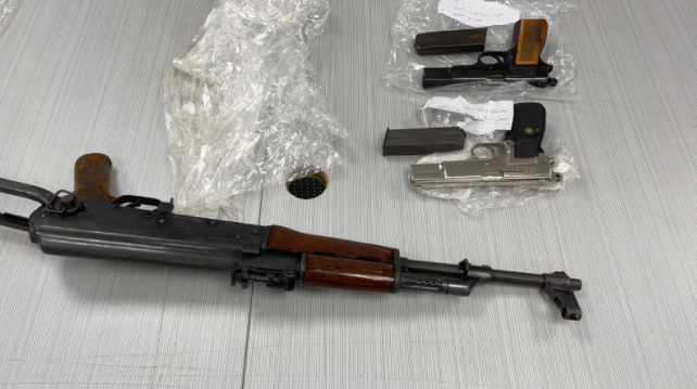 Confiscated weapons (IDF spokesman, June 12, 2021).
