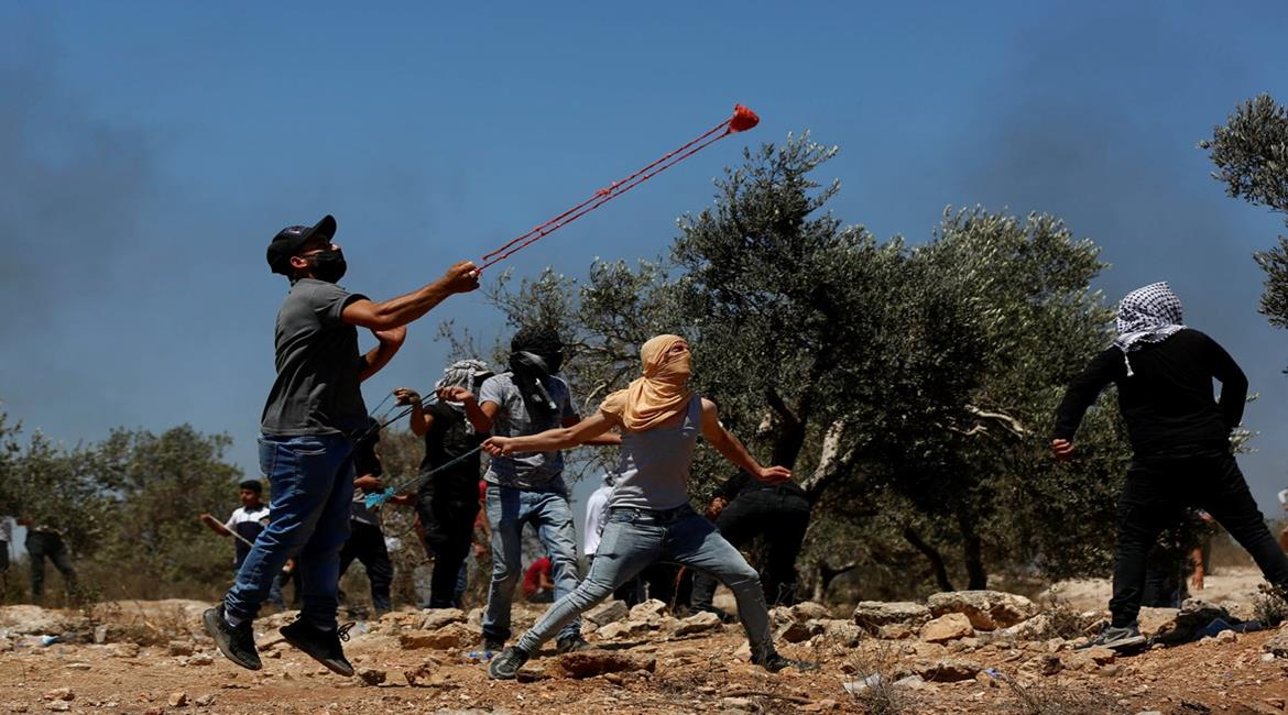 Palestinians riot against Israeli security forces in Jabal Sabih (Wafa, July 2, 2021).
