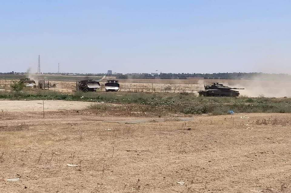 The media in Gaza monitors and documents IDF engineering activities in the Gaza Strip east of Khan Yunis (Twitter account of journalist Hassan Aslih, July 4, 2021).