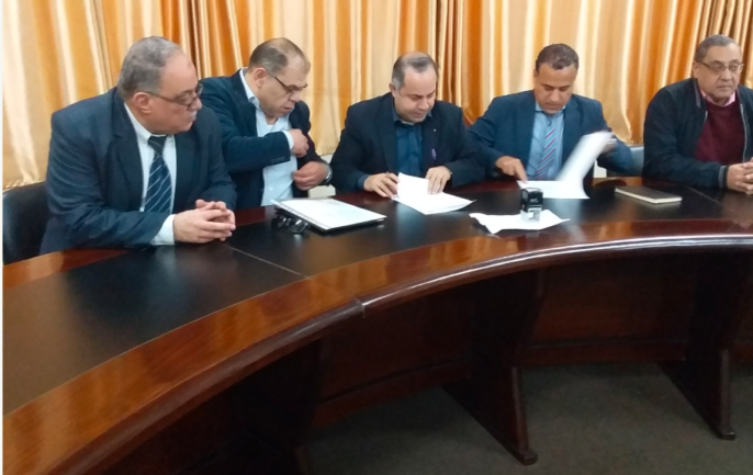 Signing the engineering faculty-German GIZ (Society for International Cooperation) agreement (IUG website, March 13, 2019).