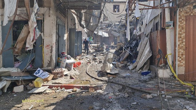 The aftermath of the explosion in the al-Zawiya market in the center of Gaza City (Twitter account of journalist Hassan Aslih, July 22, 2021).