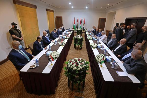 The Palestinian leadership meets with Abbas Kamel, head of Egyptian General Intelligence (Hamas website, October 5, 2021).